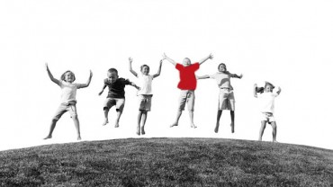 jumping-kids-red-kidsheart